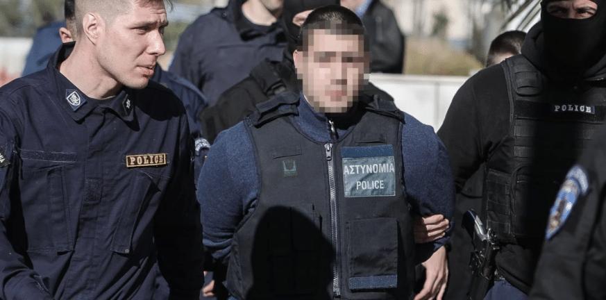 Στην Ρόδο για να δικαστεί για σοβαρό τροχαίο ο 23χρονος δολοφόνος της Ελένης Τοπαλούδη