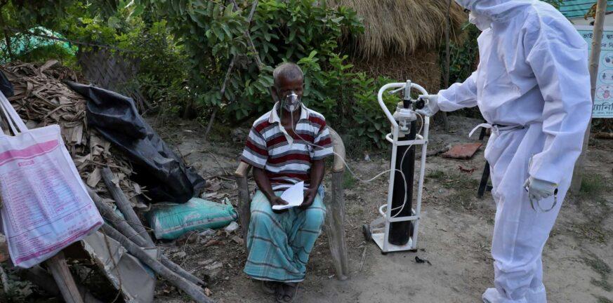 Ινδία: Εκατοντάδες νεκροί και χιλιάδες κρούσματα για μία ακόμα μέρα