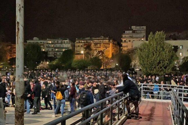 Θεσσαλονίκη: Επέστρεψαν τα κορονοπάρτι στο ΑΠΘ χωρίς κανένα μέτρο προστασίας - ΒΙΝΤΕΟ