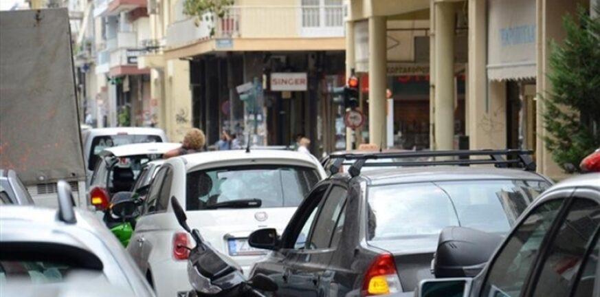 Πάτρα: Η Τροχαία «ξηλώνει» 70 πινακίδες κυκλοφορίας την εβδομάδα - Η αντίδραση των φορτοεκφορτωτών