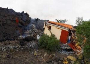 Έκρηξη ηφαιστείου: Φτάνει στη θάλασσα η λάβα – Ποιοι οι κίνδυνοι ΦΩΤΟ ΒΙΝΤΕΟ