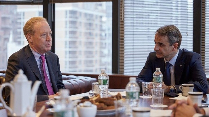 Συνάντηση του Mητσοτάκη με τον πρόεδρο της Microsoft B. Smith