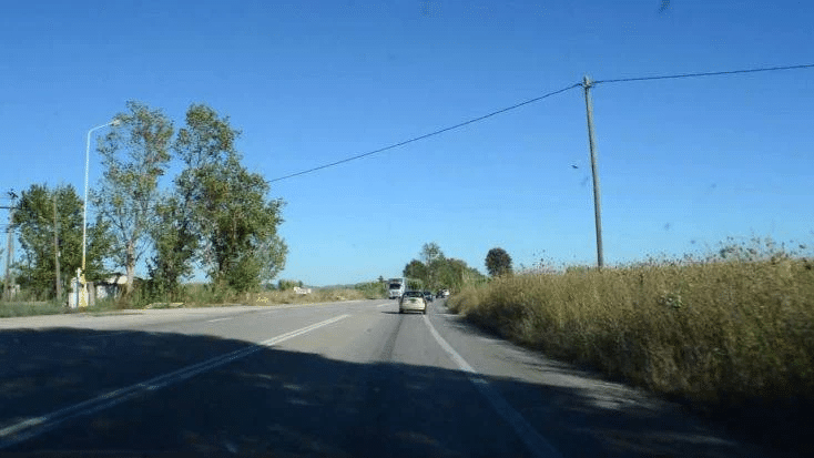 Μανωλάδα: Μεθυσμένος οδηγός πέρασε στο αντίθετο ρεύμα και προκάλεσε τροχαίο