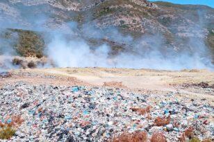 Μεσολόγγι: «Πνίγεται» από σκουπίδια