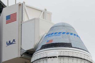 Ο Ελον Μασκ μας στέλνει στο διάστημα - Ετοιμάζει την πρώτη τουριστική αποστολή