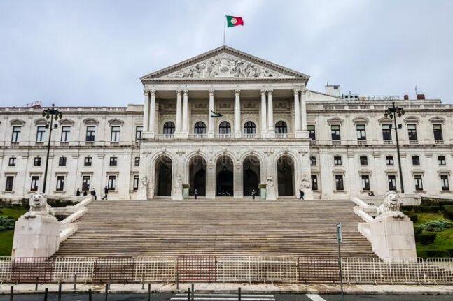 Πορτογαλία: Το κοινοβούλιο απέρριψε το σχέδιο του προϋπολογισμού- Κίνδυνος για πρόωρες εκλογές