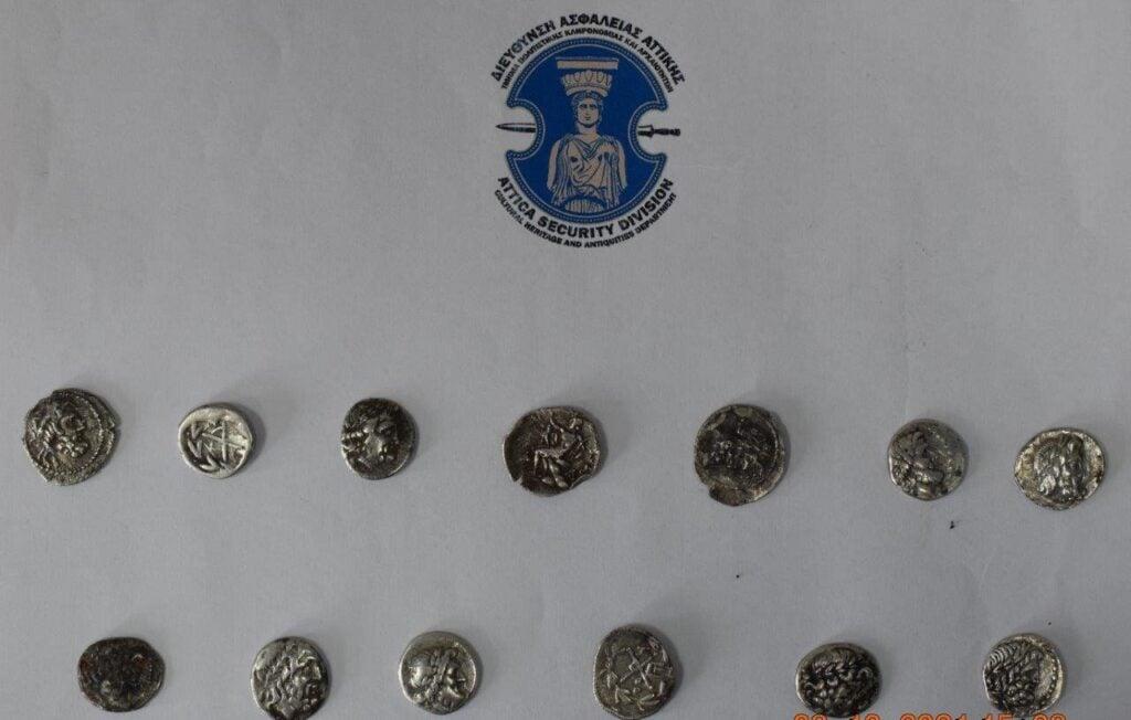 Ηλεία: Εξαρθρώθηκε κύκλωμα αρχαιοκαπηλίας – Κατασχέθηκαν σπάνιες αρχαιότητες - Η ανακοίνωση της ΕΛ.ΑΣ.