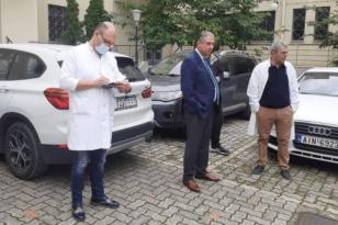 Πάτρα: Ο Γιάννης Καρβέλης παρουσίασε την κινητή Μονάδα Εμβολιασμού της 6ης ΥΠΕ - ΦΩΤΟ - ΒΙΝΤΕΟ