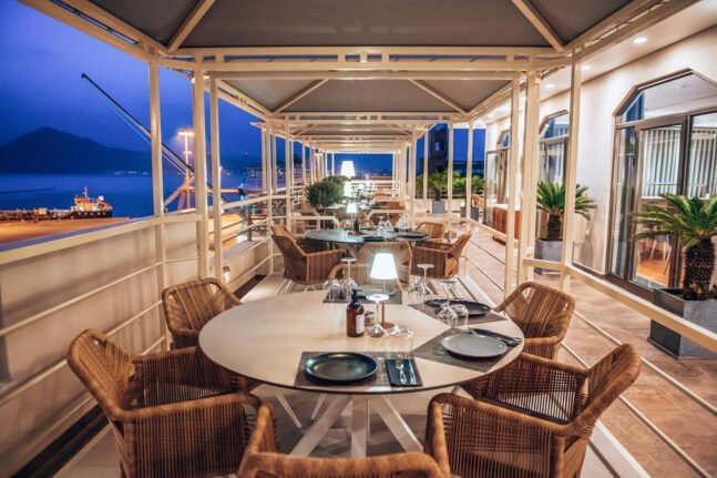 Τα μοντέρνα terrace bar & restaurant «ήρθαν» και στην Πάτρα (επιτέλους!)
