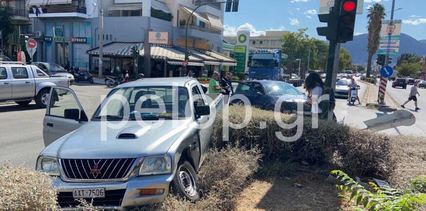 Πάτρα - Τροχαίο στην Καλαβρύτων: Πέρασε το κόκκινο, συγκρούστηκε με αγροτικό ΦΩΤΟ
