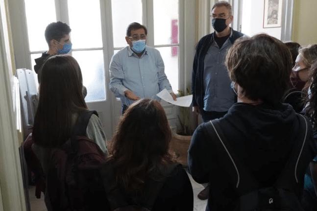 Μέτωπο συγχωνεύσεις: Οι μαθητές του 7ου ΓΕΛ είδαν τον Κώστα Πελετίδη