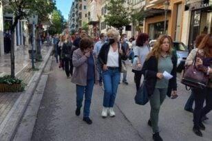 Παρούσα η Σία Αναγνωστοπούλου στην πορεία εκπαιδευτικών: «Μήνυμα αντίστασης απέναντι στον φόβο»