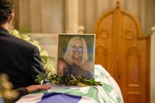 Η Αχαΐα αποχαιρετά τη Φώφη Γεννηματά - Δείτε ζωντανά την κηδεία της- ΦΩΤΟ - ΒΙΝΤΕΟ