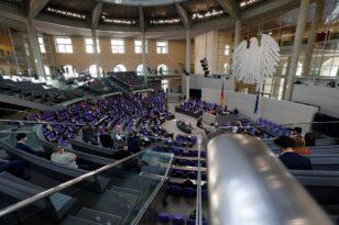 Γερμανία: Κοντά σε νέα κυβέρνηση «φωτεινού σηματοδότη»