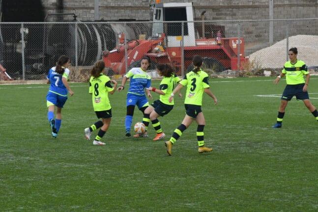 Γυναικείο ποδόσφαιρο: Τρεις ομάδες στην Αχαΐα, πώς συντηρούνται, πού βρίσκουν χρήματα