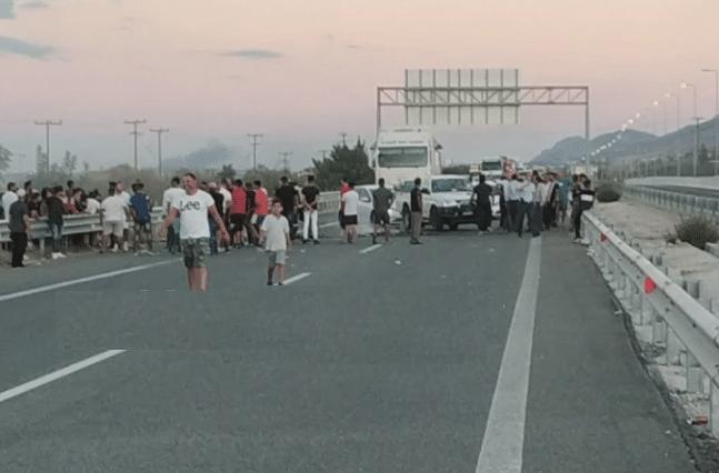 Ρομά έκλεισαν την Πατρών-Αθηνών - Πως γίνεται η κυκλοφορία