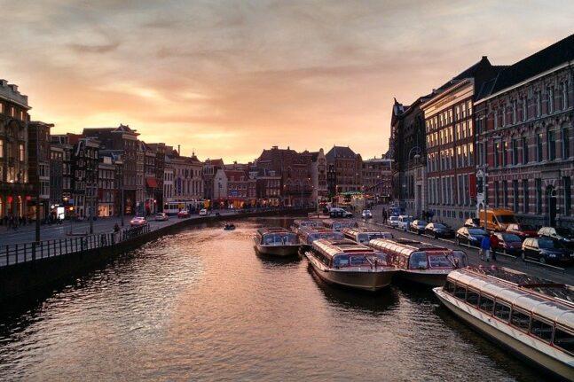 Ολλανδία: Φόβοι για άνοδο της στάθμης της θάλασσας έως δύο μέτρα μέχρι το 2100
