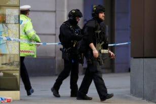 Βρετανία: Κάθειρξη 35 ετών σε 19χρονο που δολοφόνησε δύο γυναίκες – Είπε πως είχε υπογράψει συμφωνία με δαίμονες