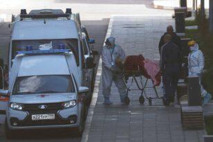 Τραγικό ρεκόρ στη Ρωσία: 999 νεκροί και 32.196 νέα κρούσματα κορονοϊού