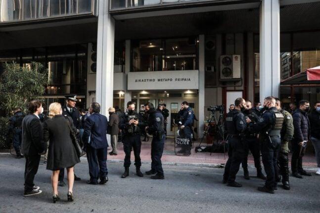Ελεύθεροι οι επτά αστυνομικοί για την καταδίωξη στο Πέραμα - Σε επιφυλακή η ΕΛΑΣ στην Δυτική Ελλάδα για αντιδράσεις