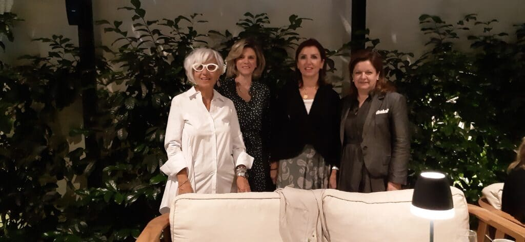 Για καφέ και τσάι με τον Μορφωτικό Σύλλογο Κυριών στο Bold Type Hotel