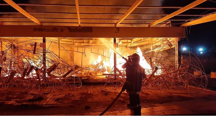 Πατρινός πήγε να ξεγελάσει ασφαλιστική εταιρεία «καίγοντας» τα μαγαζιά του