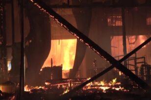 Μύκονος: Μεγάλη φωτιά σε εστιατόριο – Εκρήξεις από φιάλες υγραερίου BINTEO