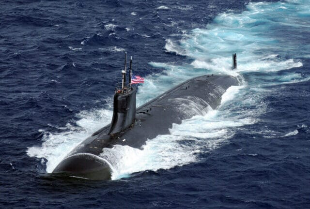 Θρίλερ με πυρηνικό υποβρύχιο των ΗΠΑ: Συγκρούστηκε με «άγνωστο» αντικείμενο