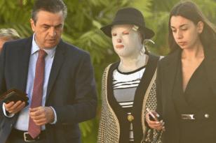 Επίθεση με βιτριόλι: Στο δικαστήριο η Ιωάννα - Αφαντη η κατηγορούμενη