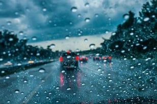 Νέα κακοκαιρία από το βράδυ της Κυριακής – Πού θα βρέχει όλη την εβδομάδα