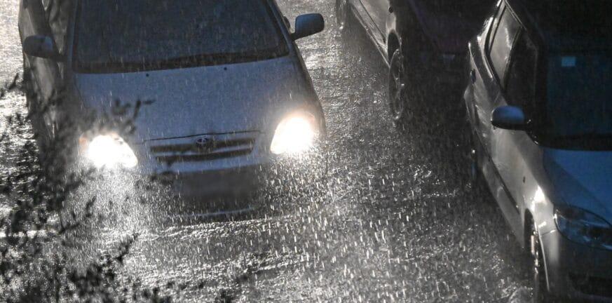 Έκτακτο δελτίο επιδείνωσης καιρού: Από την Κυριακή βροχές, καταιγίδες και χαλάζι - Οδηγίες από την Πολιτική Προστασία