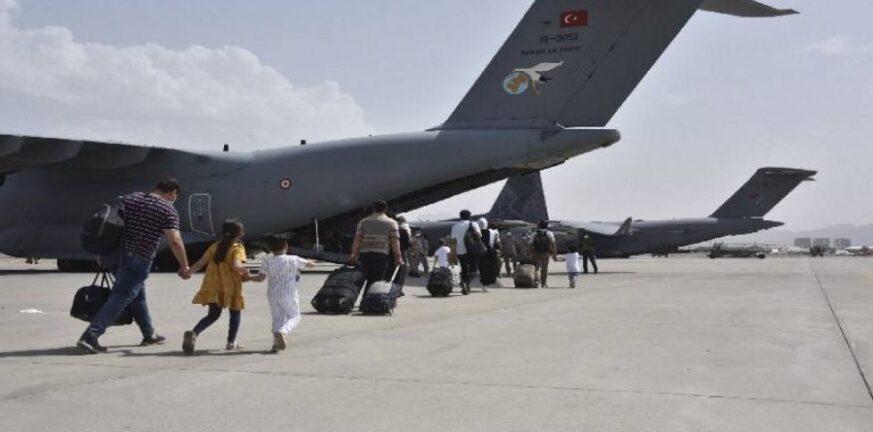 Το Πακιστάν αναστέλλει τις πτήσεις προς Καμπούλ- Εκφοβισμός από τους Ταλιμπάν