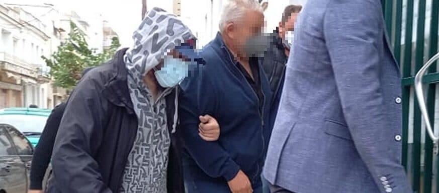 Νεοχώρι Κυλλήνης: Ελεύθεροι με περιοριστικούς όρους οι κατηγορούμενοι για αρχαιοκαπηλία