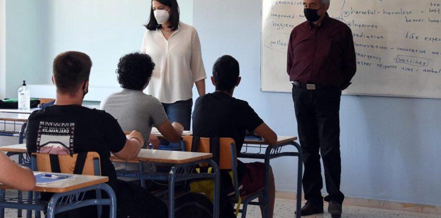 Κεραμέως: Παράνομη κρίθηκε από το δικαστήριο η απεργία των εκπαιδευτικών για την αξιολόγηση
