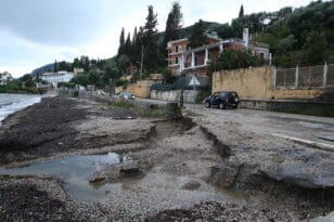 Κακοκαιρία «Μπάλλος»: Ραγίζει καρδιές κάτοικος της Κέρκυρας - «Χάθηκε το σπίτι μου, χάνω την καρκινοπαθή αδερφή μου»