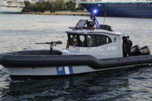 Πάτρα: Βούτηξε ...στο λιμάνι για να ξεφύγει - Κινητοποίηση Αστυνομίας και Λιμενικού