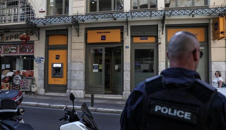 Οπλισμένο σε ξενοδοχείο στο κέντρο βρήκαν τον δεύτερο ληστή της Μητροπόλεως
