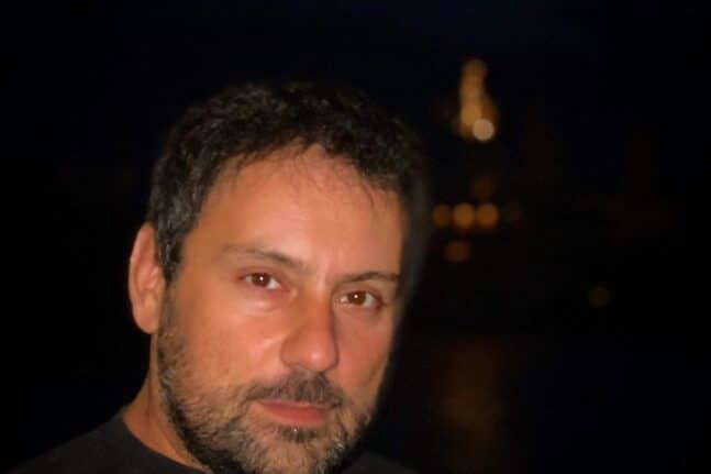 Είστε ρομαντικός κ. Γιαλελή; - Μιλάμε με τον γνωστό ηθοποιό – σκηνοθέτη για την παράσταση «Γερμανικός Ρομαντισμός 2 » και πολλά άλλα