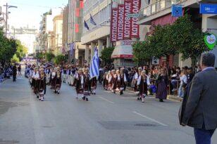 Πάτρα: Με λαμπρότητα ο εορτασμός των επετειακών εκδηλώσεων της 28ης Οκτωβρίου παρουσία Γιάννη Τσακίρη - ΦΩΤΟ - ΒΙΝΤΕΟ