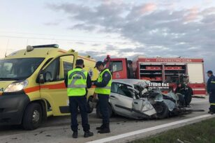 Τροχαίο δυστύχημα στην Αργολίδα: : Μετωπική σύγκρουση ΙΧ με φορτηγό - Ένας νεκρός και δύο τραυματίες